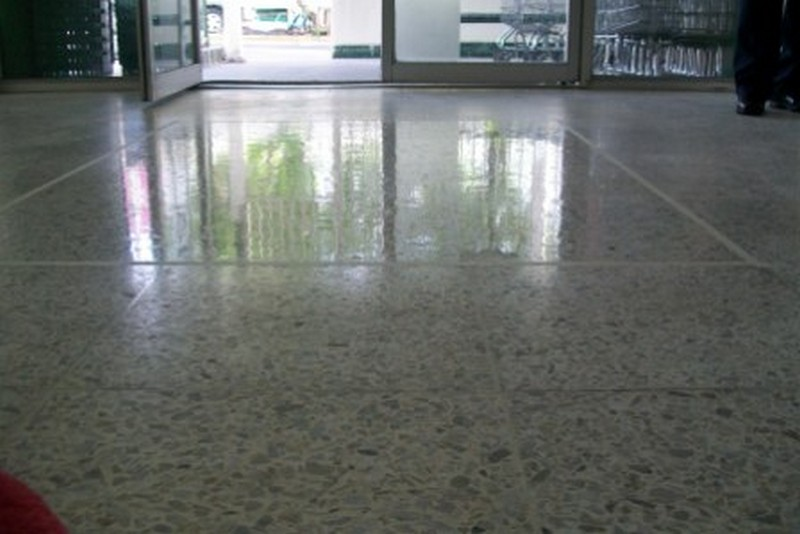 Desincrustado pisos de granito grupomisol for Modelos de granitos para pisos