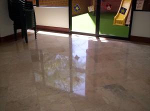 Super brillo servicios en pulido de pisos para guatemala for Cera para pisos de marmol