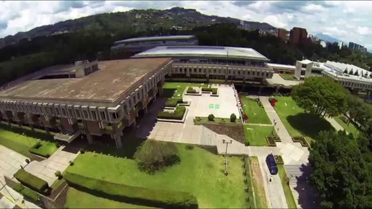 Universidad Rafael Landívar, 4